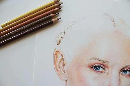 Рисуем реалистичный портрет цветными карандашами - шаг 16