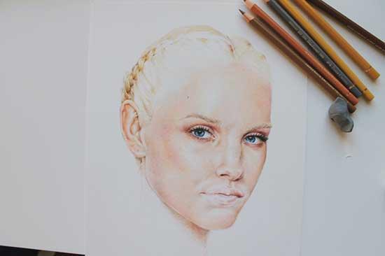 Рисуем реалистичный портрет цветными карандашами - шаг 17