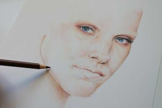 Рисуем реалистичный портрет цветными карандашами - шаг 7