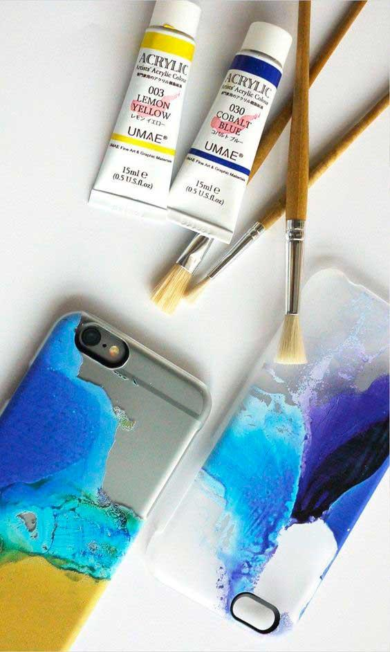 Чехол для смартфона, раскрашенный акрилом